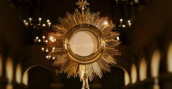 eucharist2-1280x720